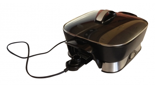 Vitachef skillet with vented glass lid